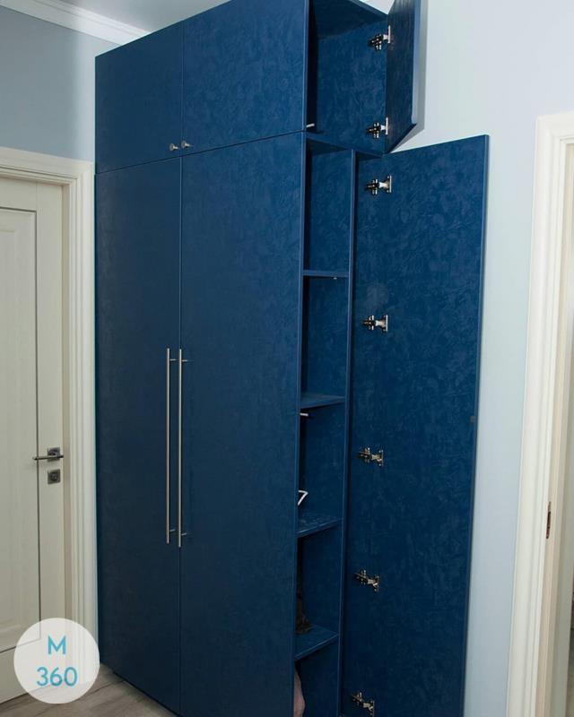 Трехстворчатый распашной шкаф Колумбия Арт 001083357