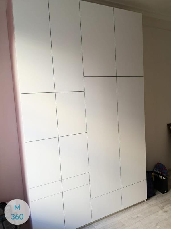Классический распашной шкаф Бельмопан Арт 006820256
